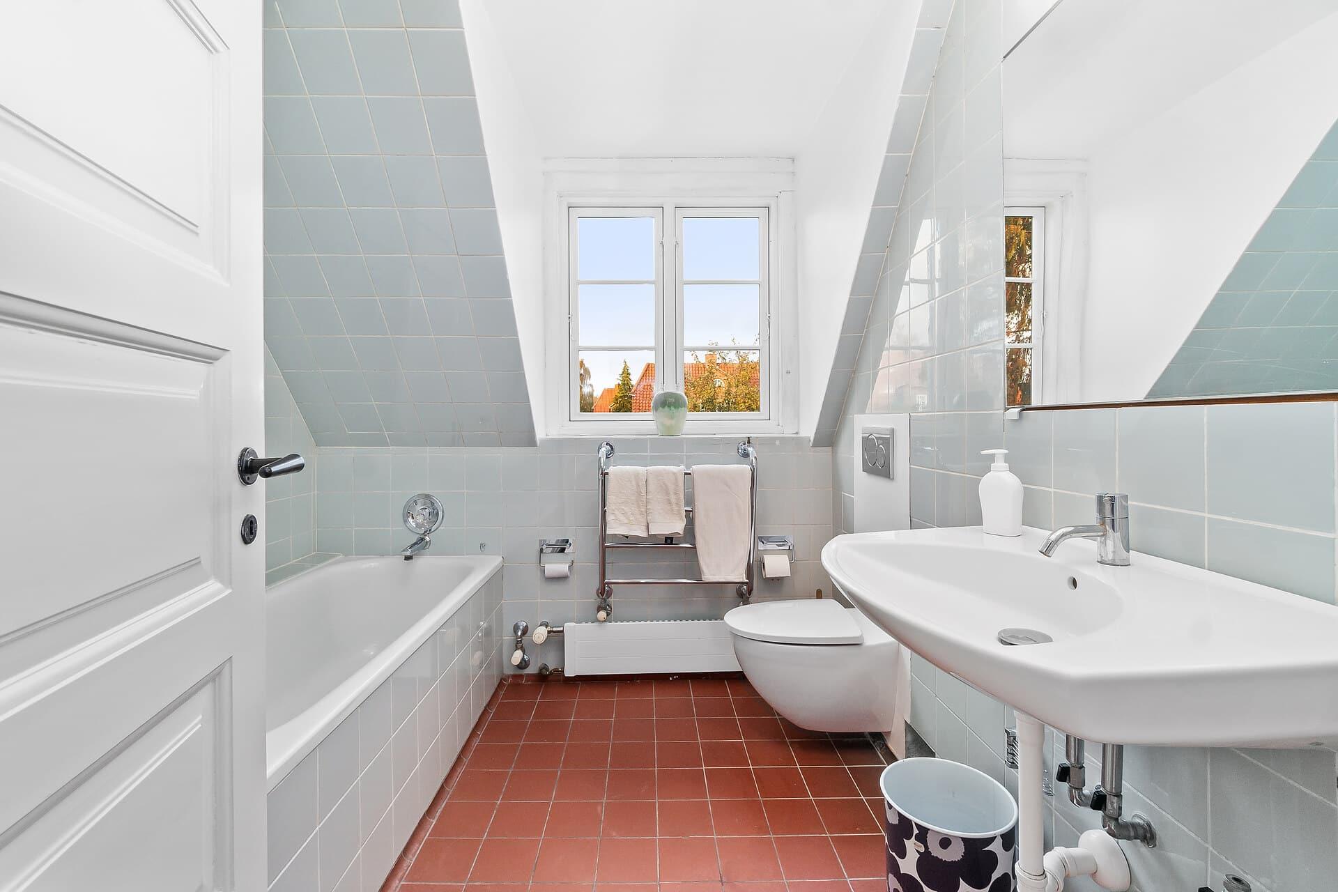 Comment enlever un mur de baignoire?