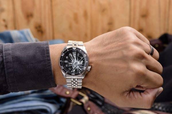 Comment changer une pile de montre ?